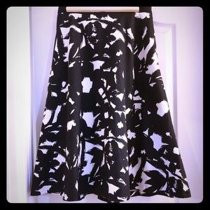 Grace Kelly Black & White Mottled Print Skirt